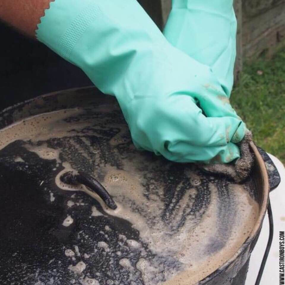 Yes, You Can Use Dishwashing Liquid for Cleaning Cast Iron!