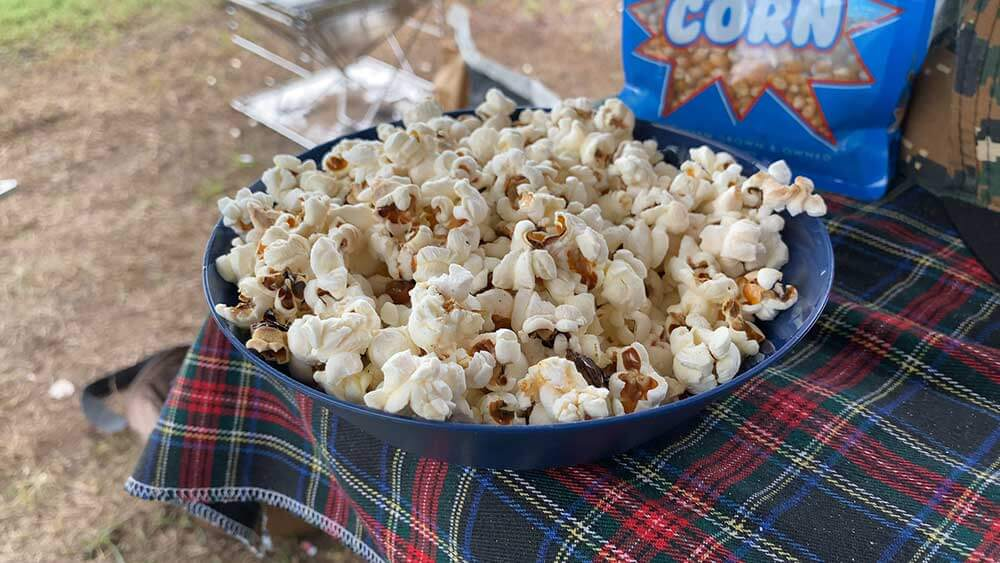 Camp Oven Popcorn   The Camp Oven Cook